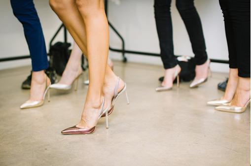 女性の多い職場で上手く立ち回るたった3つのコツ