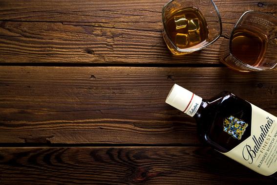「一人飲み」の作法③他のお客様との会話も疎かにしない