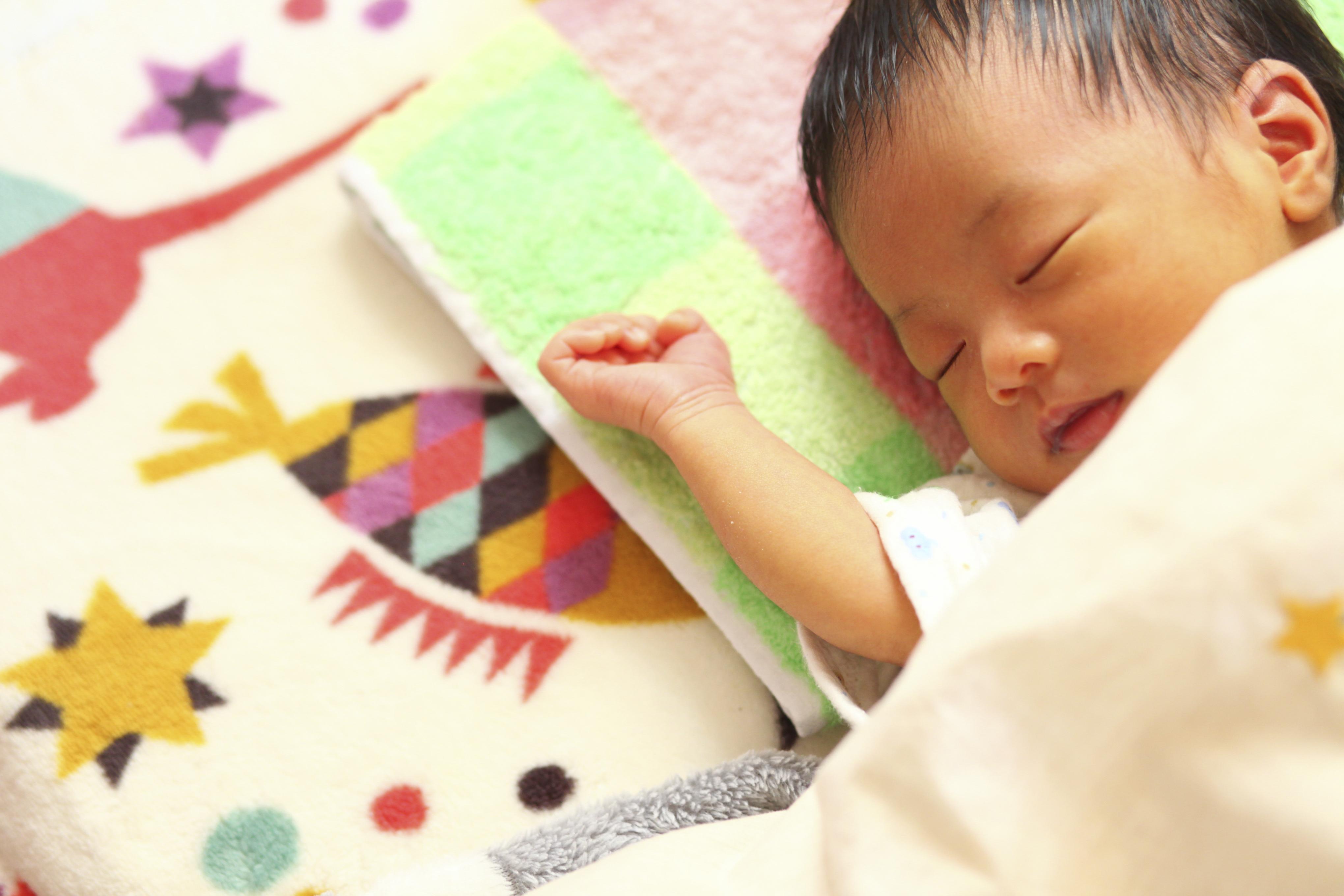 赤ちゃんの成長をお祝い!1年間でどんなことをする?いつしたらいい?