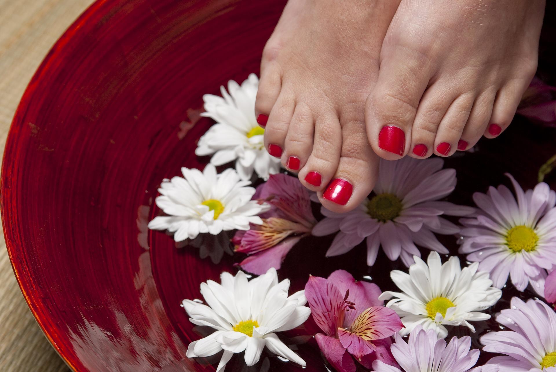 モテる女子が意識する香り⑤足の香り