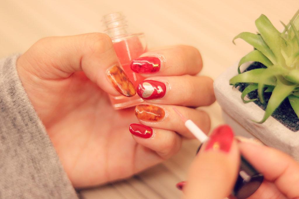 4:女子力の高い女性は、爪が必ず美しい