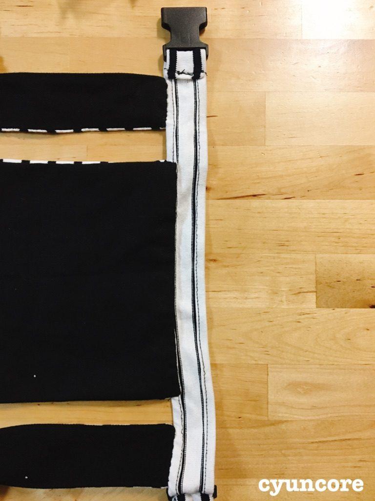 手順⑥腰紐に肩紐を縫い付ける