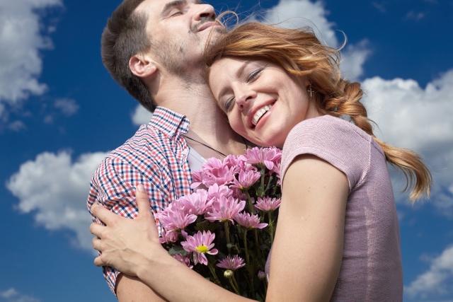 幸せホルモン「オキシトシン」に隠された効果5つ