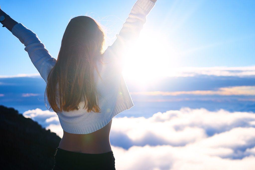 ポジティブな人の特徴④:「私は世界一の幸せ者!」と、高らかに宣言する