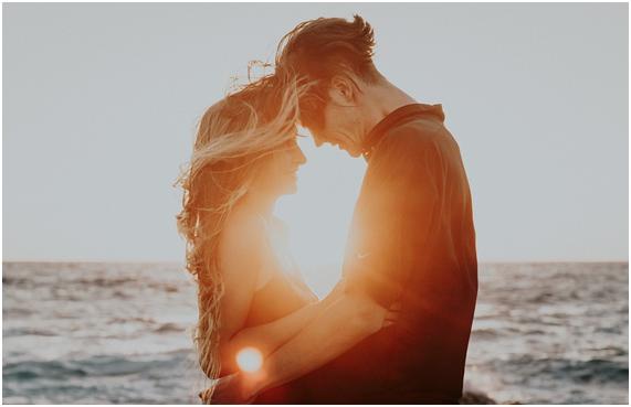 【タロット占い】別れた恋人と復縁できる可能性は?あなたに未練はある?