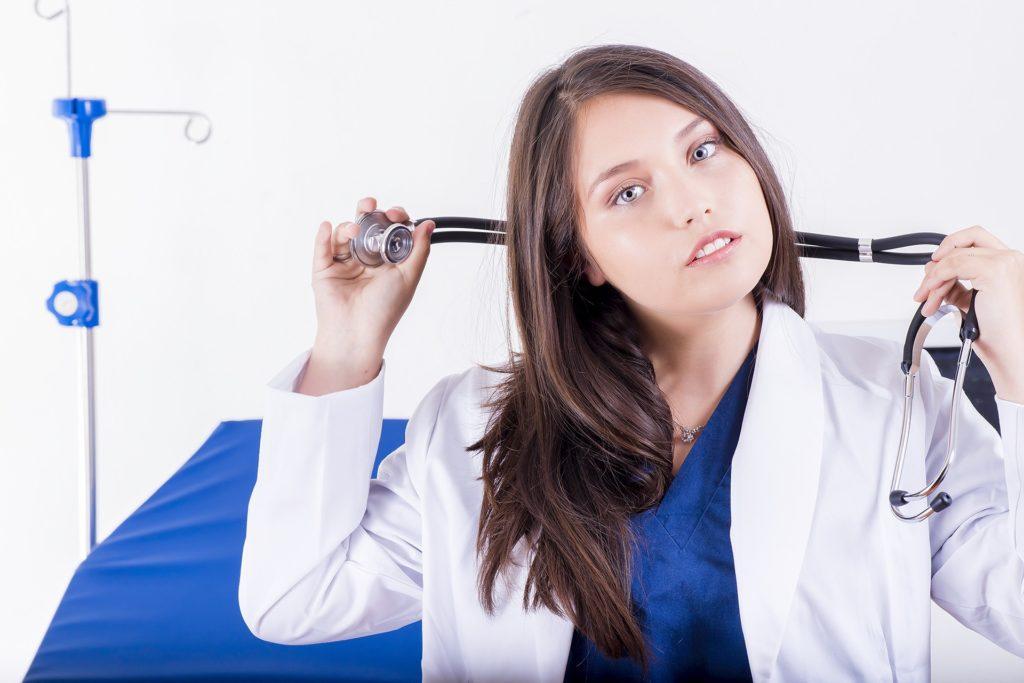 女性の看護士さんの夢