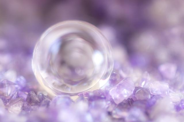 水晶占いのやり方②水晶を入手したら浄化しよう