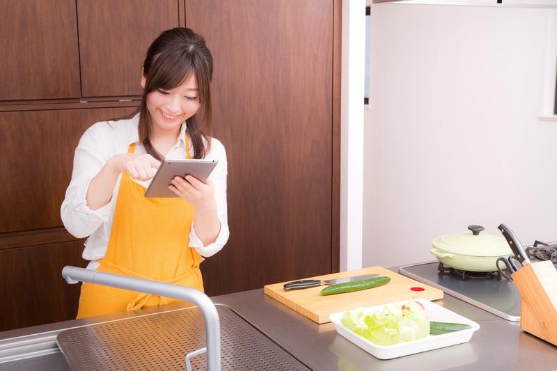 好きな人を振り向かせる方法5. 料理の練習をしておく