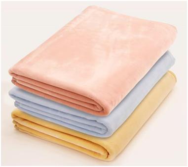 正しい毛布の使い方④ 毛布の素材によって使い分ける