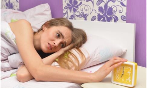 社会人は寝坊できない!シャキッと目覚めて寝坊しない方法8つ