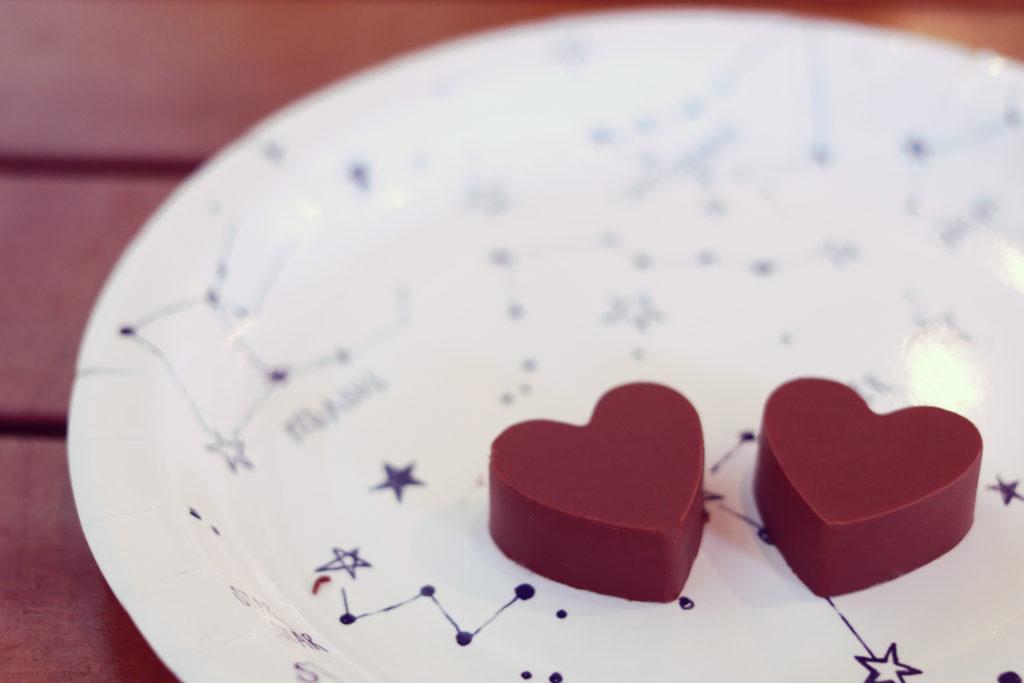 バレンタインチョコを渡すタイミングはいつが正解?