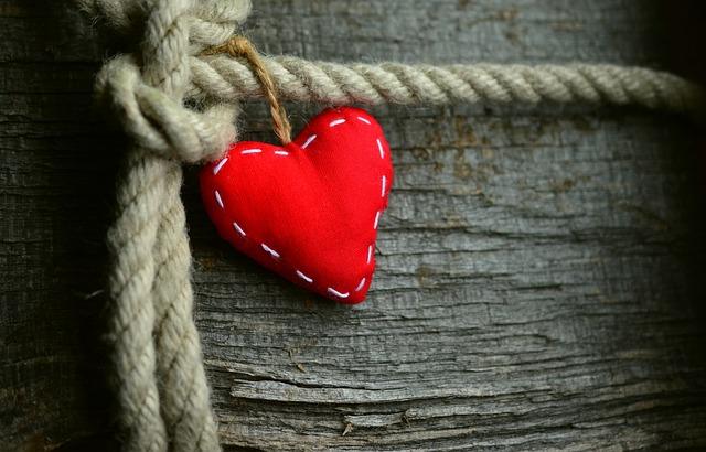 【タロット占い】報われない恋……あの人は私を恋愛対象として見ている?