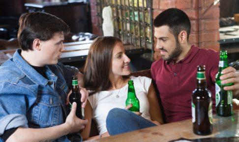 モテる女性は聞き上手?合コンで初対面の男性と盛り上がる会話10選