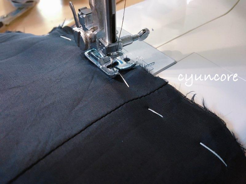 ワンピースの肩幅・丈を詰める方法④トップスとスカートを縫い合わせる-5