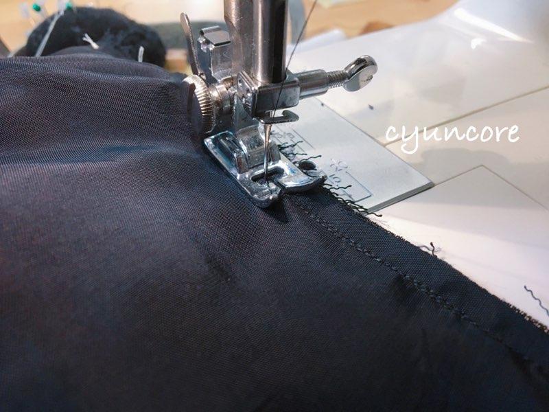 ワンピースの肩幅・丈を詰める方法①肩幅を詰める-3