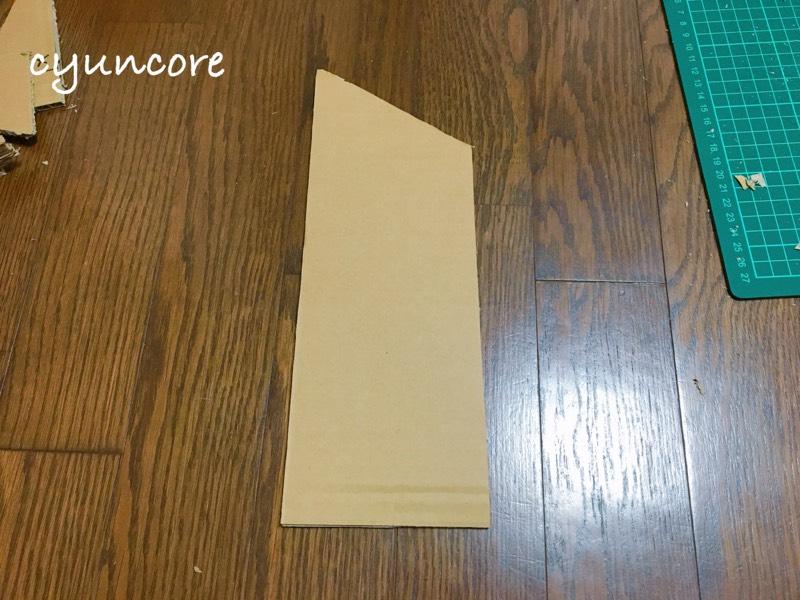 段ボール滑り台をDIY①滑り始め〜中間までの土台を作る-4