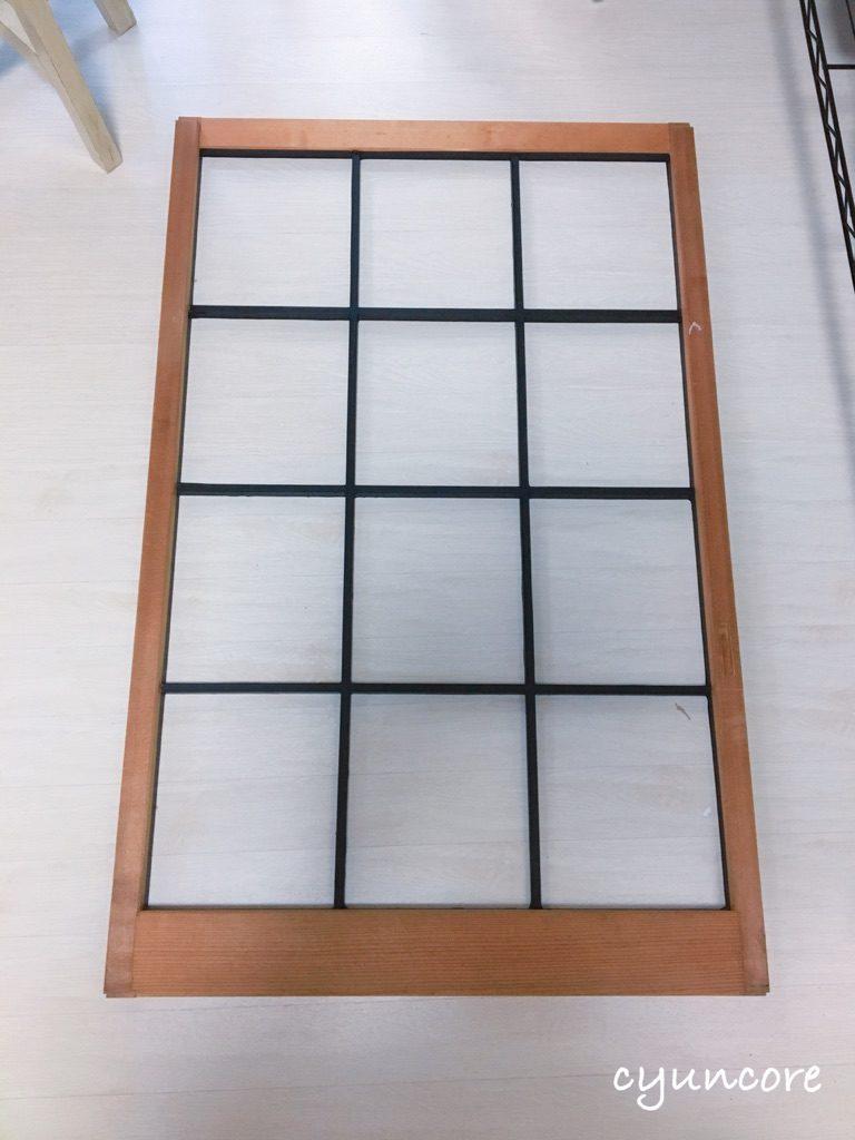 出窓の障子をリメイク③障子にマスキングテープを貼る-4