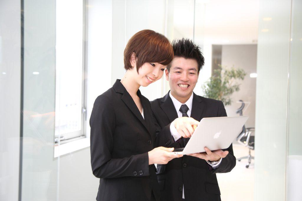 結婚相談所でのお見合いは専属スタッフと二人三脚で婚活できる