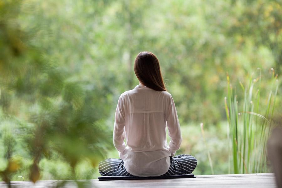 願いが叶う・疲れた心を癒す「瞑想」って何?自宅で出来る瞑想のやり方
