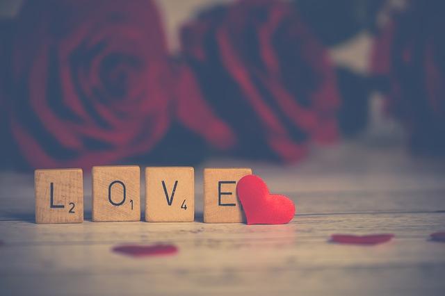 風水で恋愛運を引き寄せる方法♡恋愛運を招く風水術とは?