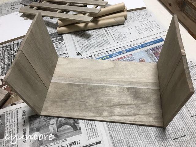 100均(セリア)の木材とすのこ板で部屋・インテリアをDIY