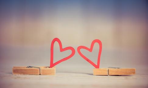 恋が叶うおまじない♡恋愛パワーを持つお守りを使った恋に効くおまじない4選