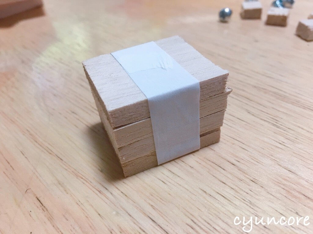 100均木材の端材でロボットのおもちゃ作り方②頭と胴体を作る
