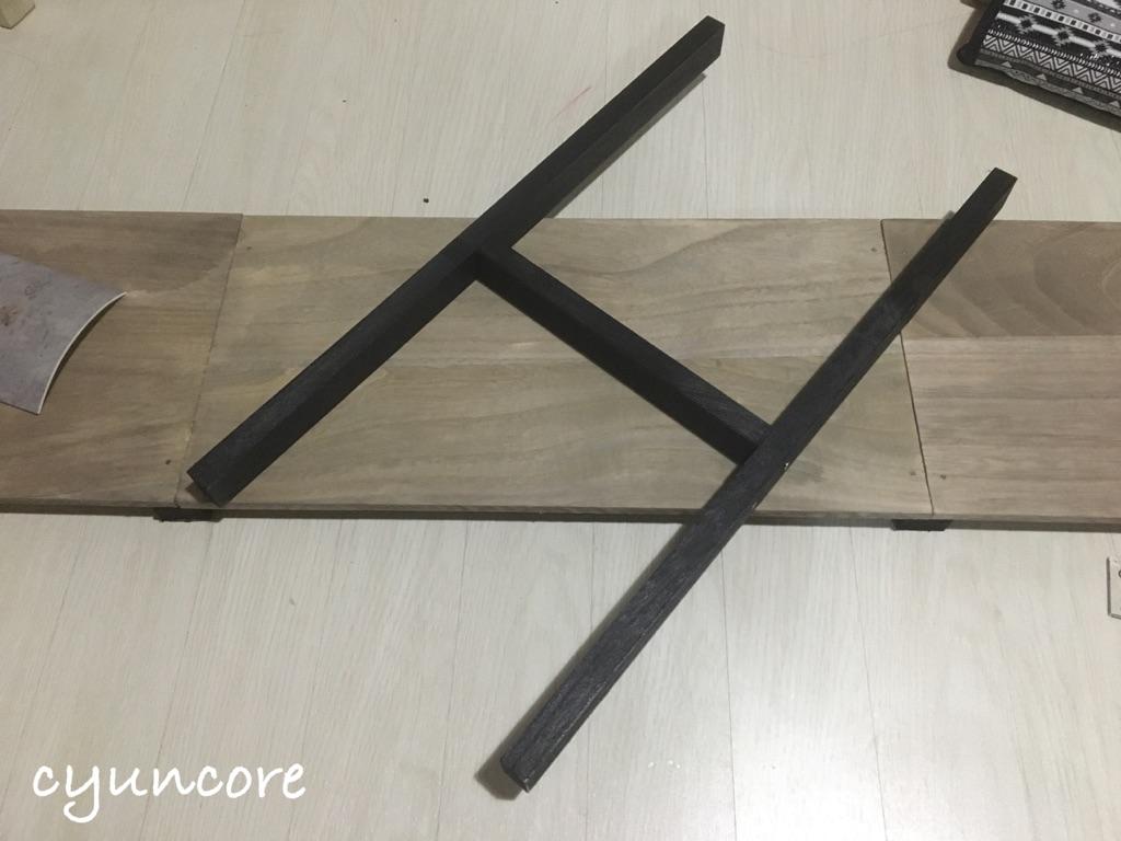 100均の木材だけでラックをDIY③支柱を組み立てていく