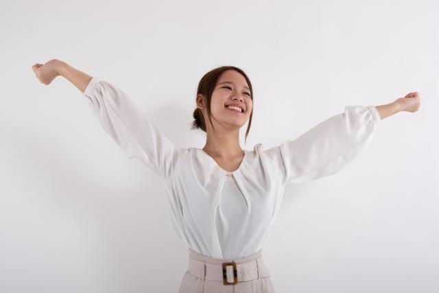 抱きしめたくなる女性の仕草②背伸び