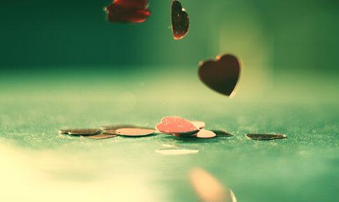 「白魔術」って何?!恋愛に強力な効果がある白魔術のやり方