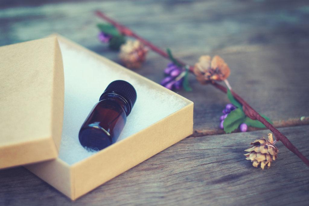 恋が叶う♡恋愛に強力な効果があるおまじない④香水のおまじない