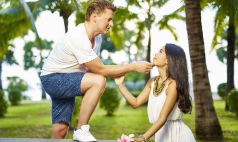 恋は盲目!結婚しても大丈夫?恋は盲目状態に陥ってしまっている女性の特徴