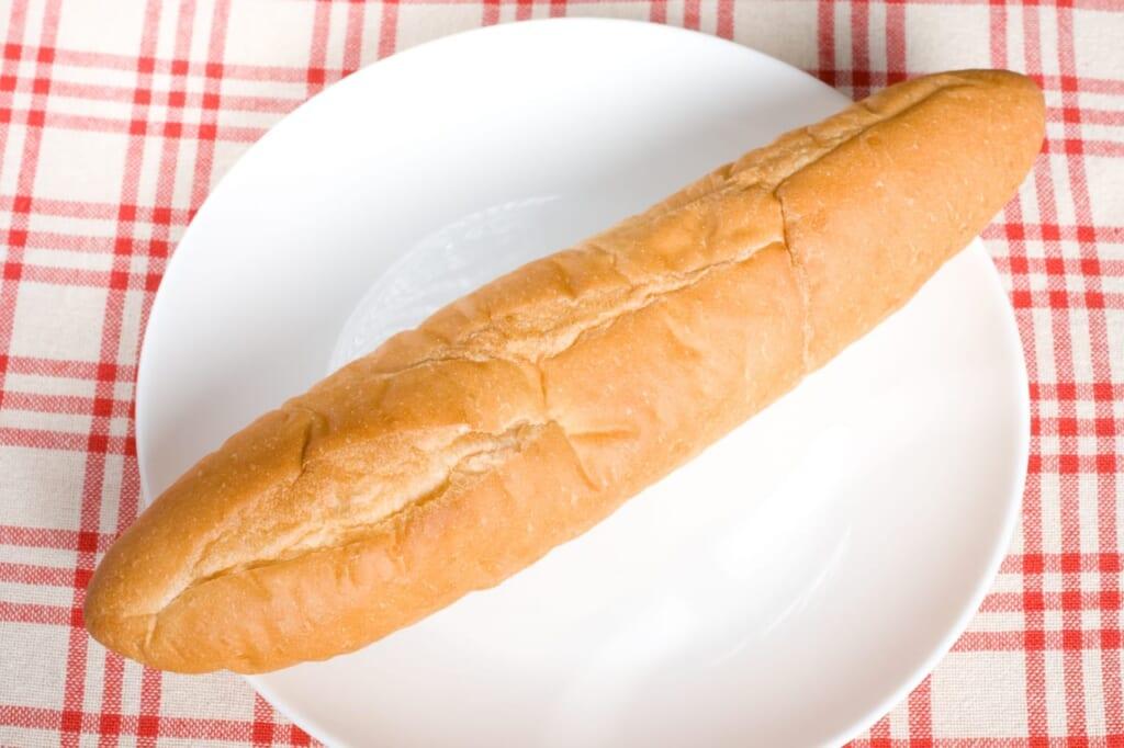 フランスパンのカロリーは低い?一切れ・1本あたりのカロリーとは