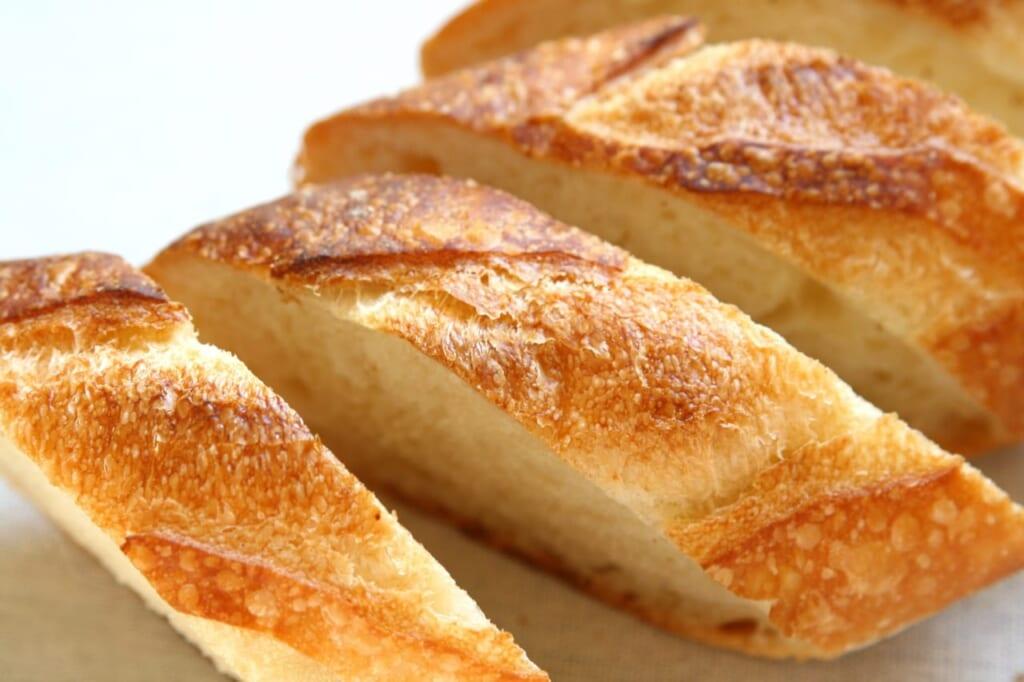 明太子味にチーズ味!カロリーを低くする!ダイエットにおすすめのフランスパンの食べ方