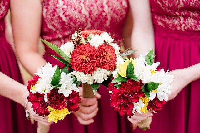 結婚にまつわるジンクス⑦1年に二人嫁がせると、一方の運がなくなる