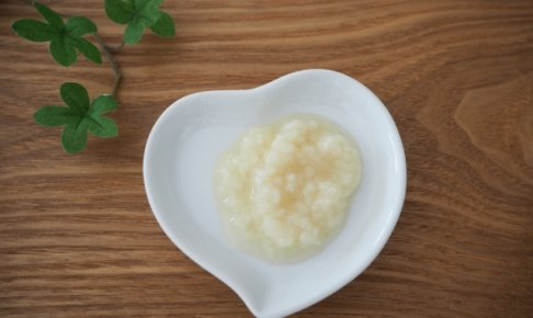 時短料理レシピに大活躍。人気の塩麴の効能や使い方を教えちゃいます!