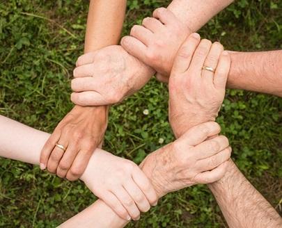 引き寄せの法則で家族の悩みを解決!家族の幸せを引き寄せる方法