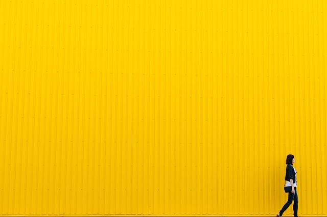 第3チャクラの色は「黄色」!黄色の象徴的意味とそのパワーについて