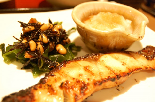 ダイエットに焼き魚が向いている理由