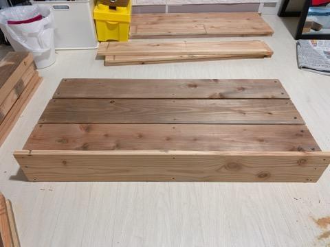 プレイテーブルDIY②前面の棚を組み立てる-3