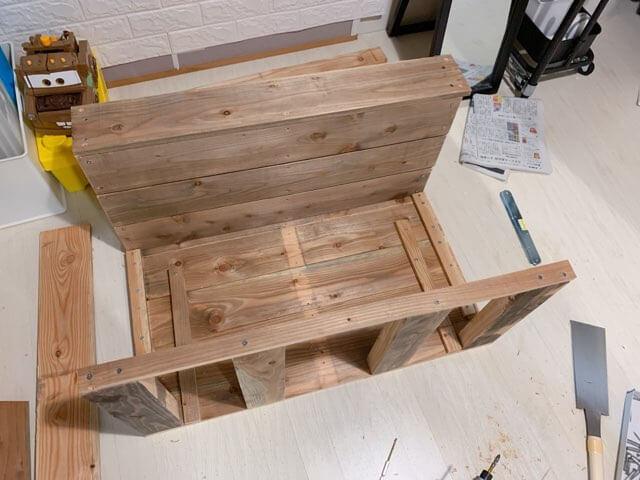 プレイテーブルDIY③テーブルを組み立てる-3