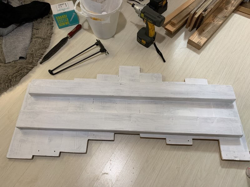 端材で作るテーブルの作り方②天板に脚を取り付ける-2