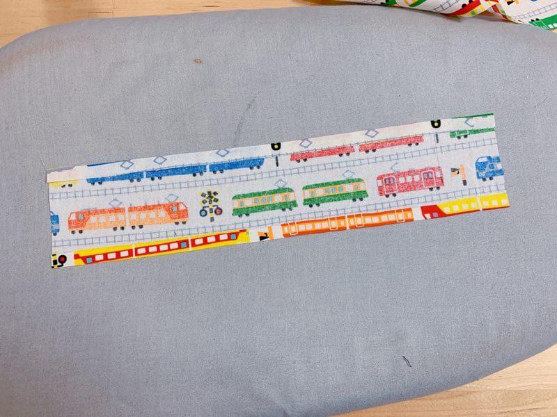 給食ナフキンの作り方②柄布を縫い付ける