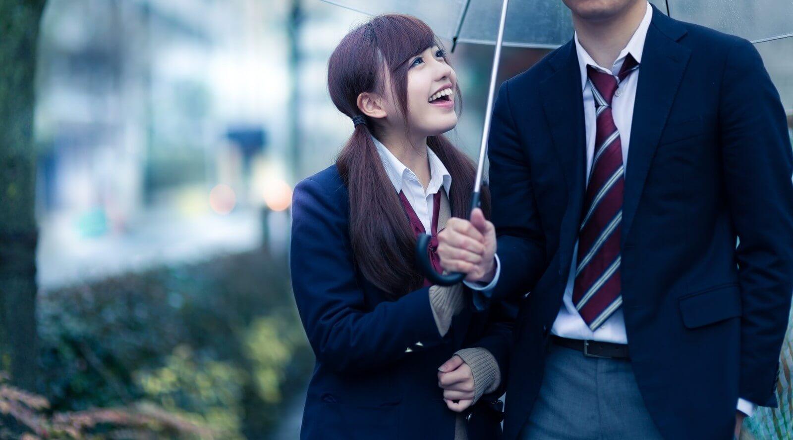相合傘をする男性心理は?相合傘で好きな人をドキドキさせる方法