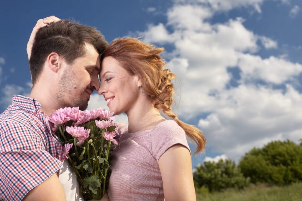 【意外に結婚向き?】束縛彼氏が結婚に向いている2つの理由とは?