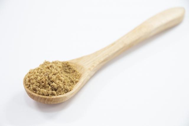 黒砂糖(くろざとう)のカロリー・糖質・栄養素など食品分析