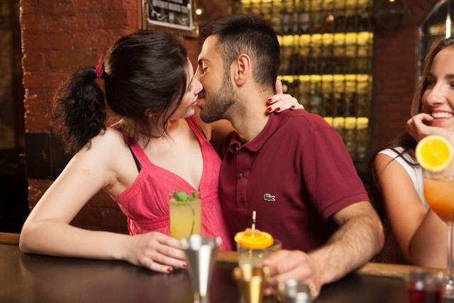 男友達が突然キスしてくる理由は?なんでキスしたの?-2