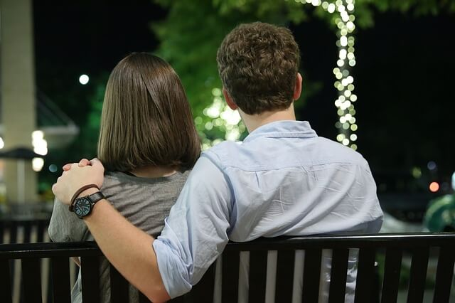 大人の恋愛とは?大人におすすめの恋愛小説・恋愛映画・恋愛ドラマ
