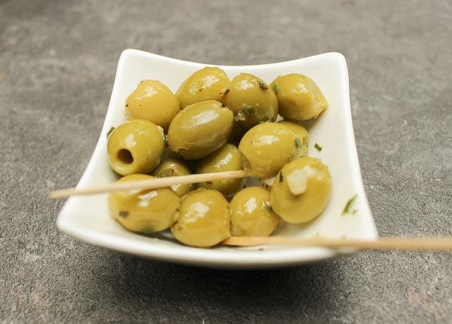 オリーブは太る?オリーブに含まれる栄養素