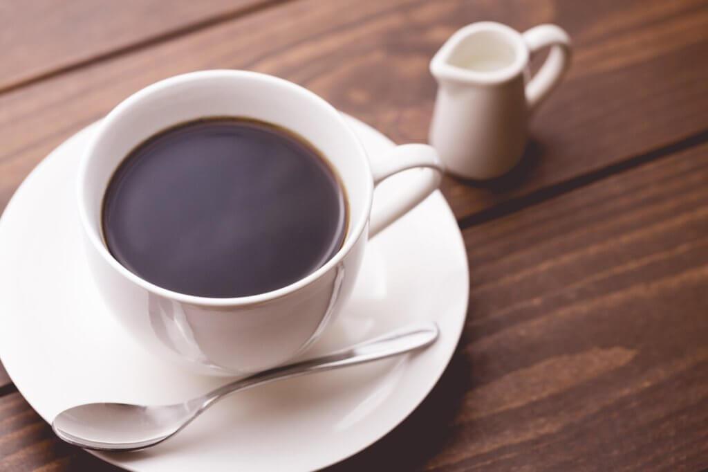 月曜断食の不食日はコーヒーを飲んでも大丈夫?